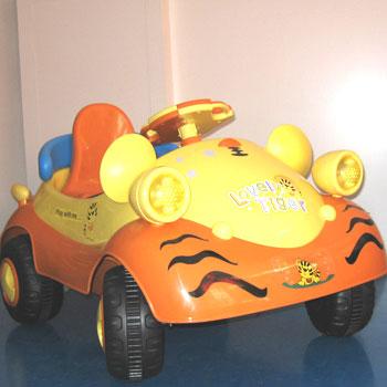 婴儿电动遥控车